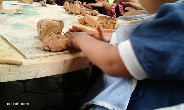 play clay taman pintar