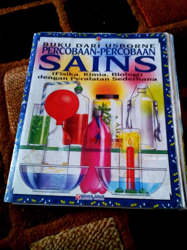 buku percobaan sains